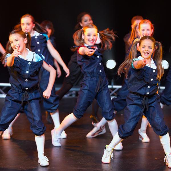 Junior dance courses in action