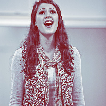 Student singing in Musical Theatre Short course